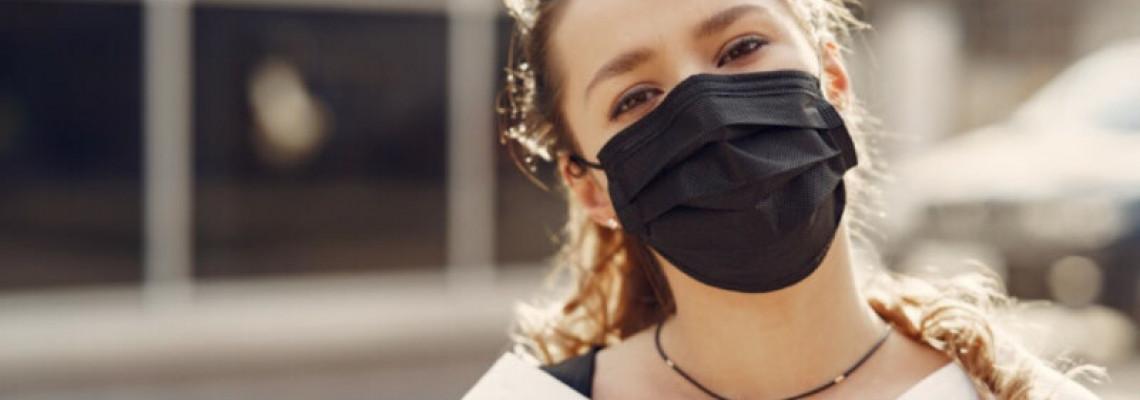 你戴什麼顏色的口罩?研究顯示黑色給人最有安全感
